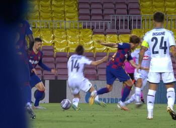Goal: FC Barcelona 3 - 1 SSC Napoli 45' Insigne