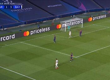 Goal: FC Barcelone 1 - 4 Bayern Munich 31' Muller