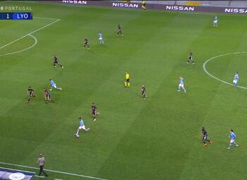 Goal: Manchester City 1 - 0 Lyon 69' De Bruyne