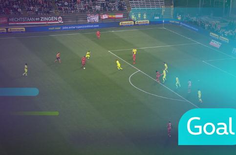 Own goal: Royal Antwerp 1 - 0 KAA Gent: 38', Bronn