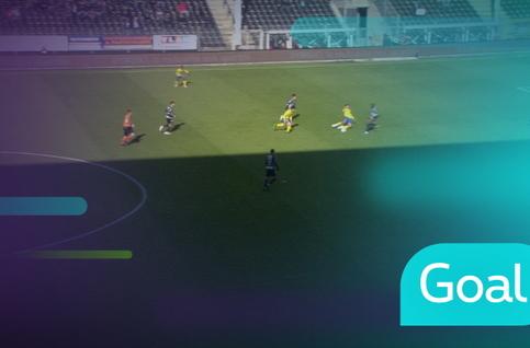 Goal: Sporting Charleroi 1 - 0 STVV: 4', Hendrickx