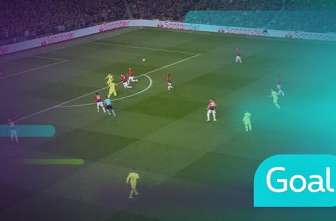 Goal: Manchester United 0 - 1 FC Barcelona, 13' Suarez