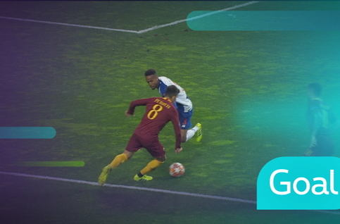 Penalty: FC Porto - AS Roma 36' De Rossi