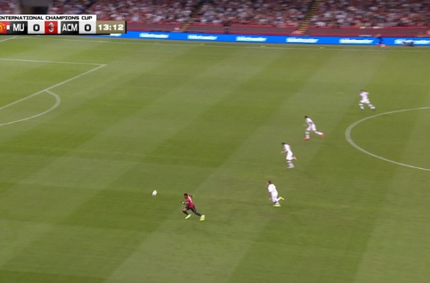 Goal: Manchester United 1 - 0 AC Milaan 14', Rashford