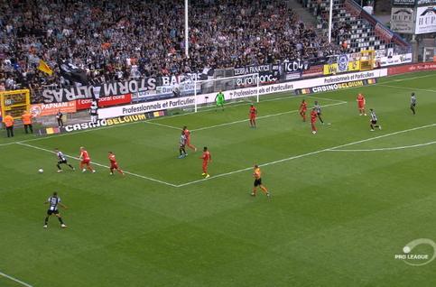 Goal: Sporting Charleroi 1 - 0 Royal Antwerp 61', Fall
