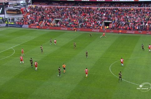 Goal: Standard 2 - 0 Moeskroen 22', Lestienne
