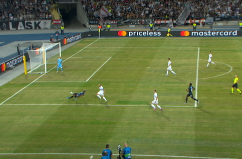 Penalty: Linz ASK 0 - 1 FC Bruges 10' Vanaken
