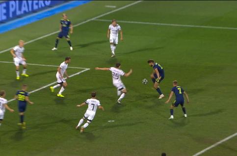 Penalty: Dinamo Zagreb 1 - 0 Rosenborg 9' Petkovic