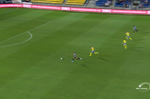 Goal: Waasland-Beveren 0 - 4 Charleroi 83' Henen