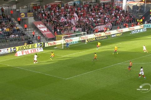 Goal: KV Oostende 0 - 1 Standard 21', Lestienne
