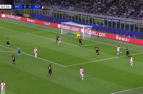 Goal:  Inter Milaan 0 - 1 Slavia Praag 64', Olayinka
