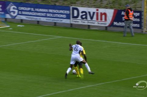Penalty: Union Saint Gilloise 1 - 1 RE Virton 8', Teuma