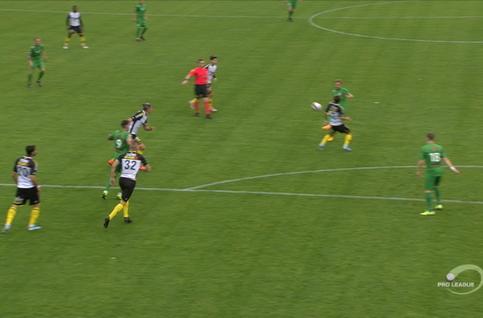 Penalty: Lommel SK 1 - 1 KSC Lokeren 28', Hendrickx